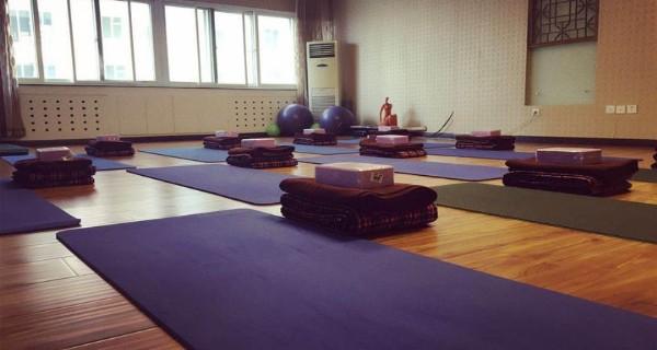 百纳瑜伽会馆