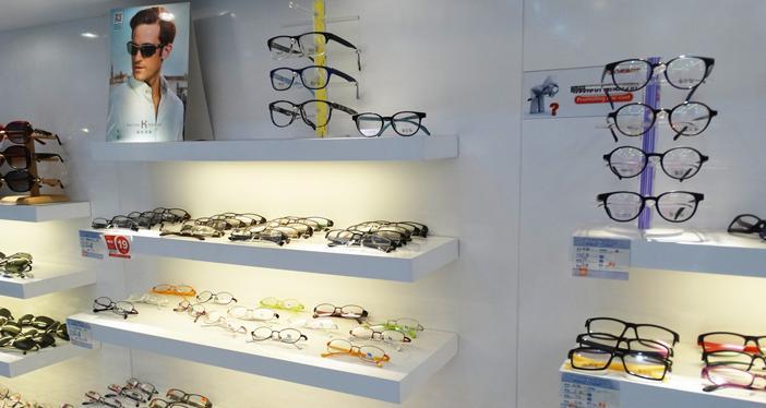百视通眼镜超市(282黄兴南路店)